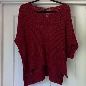 American Eagle maroon high low 1/2 sleeve sweater